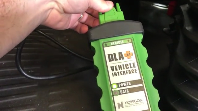 5.JPRO Heavy Truck Diagnostic Scanner Tool on 2014 International with Cummins-1