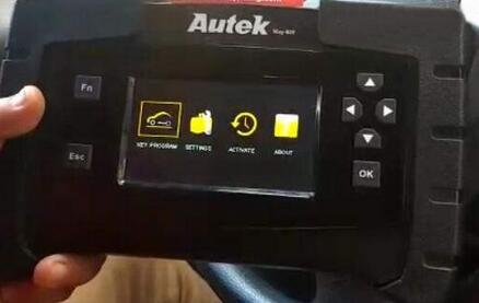 Autek-iKey820-Add-New-Key-for-Toyota-Corolla-G-Chip-1