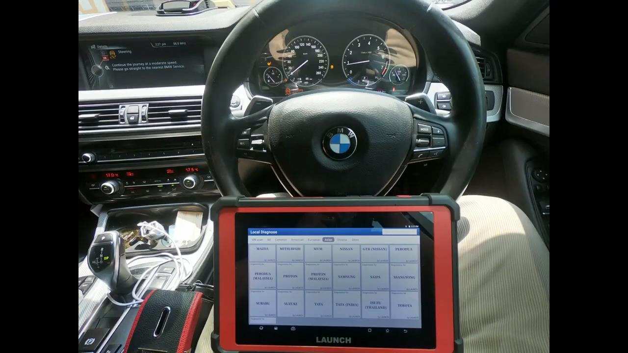 Launch-X431-PAD-V-Steering-Angle-Clibration-on-BMW-528I-F10-1