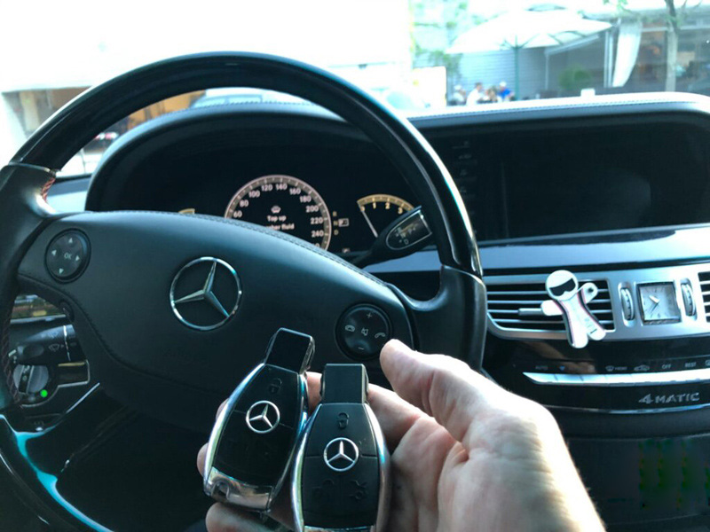 How-to-program-2008-Mercedes-CLS-550-key-lost-by-Autel-IM608-3