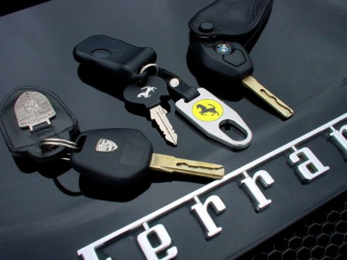 Car-Key-Programming-Remote-Car-Key-Fobs-&-Transponder-Keys-1